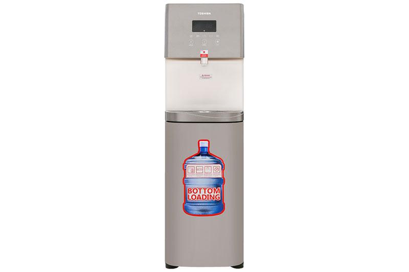 Thiết kế vững chắc, sang trọng - Máy nước nóng lạnh Toshiba RWF-W1830UVBV(T)