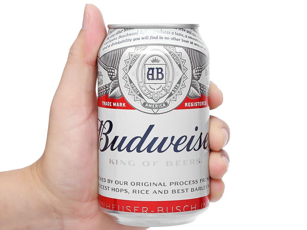 Thùng 24 lon bia Budweiser 330ml 15