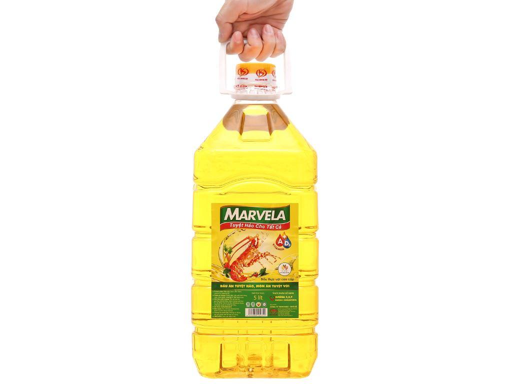 Dầu ăn bổ sung vitamin A & D3 Marvela can 5 lít 4
