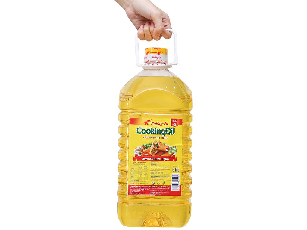 Dầu thực vật Tường An Cooking oil can 5 lít 4