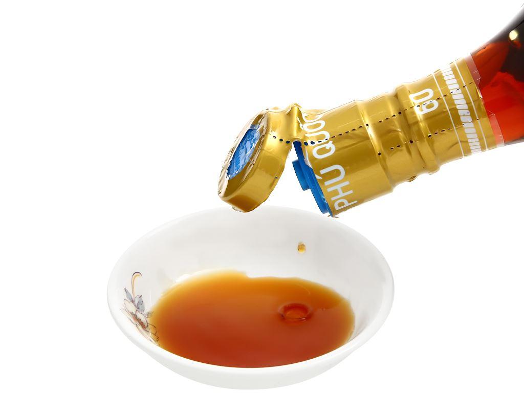 Nước mắm cá cơm Thuận Phát 60 độ đạm chai 500ml 6