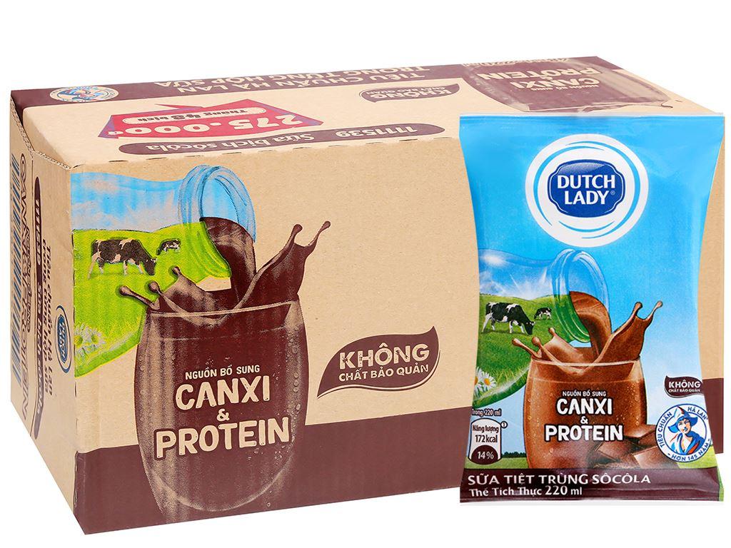 Thùng 48 bịch sữa tiệt trùng Dutch Lady Canxi & Protein sô cô la 220ml 4