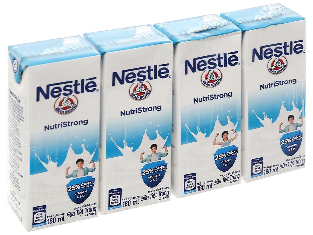 Lốc 4 hộp sữa tiệt trùng có đường Nestlé NutriStrong 180ml 1