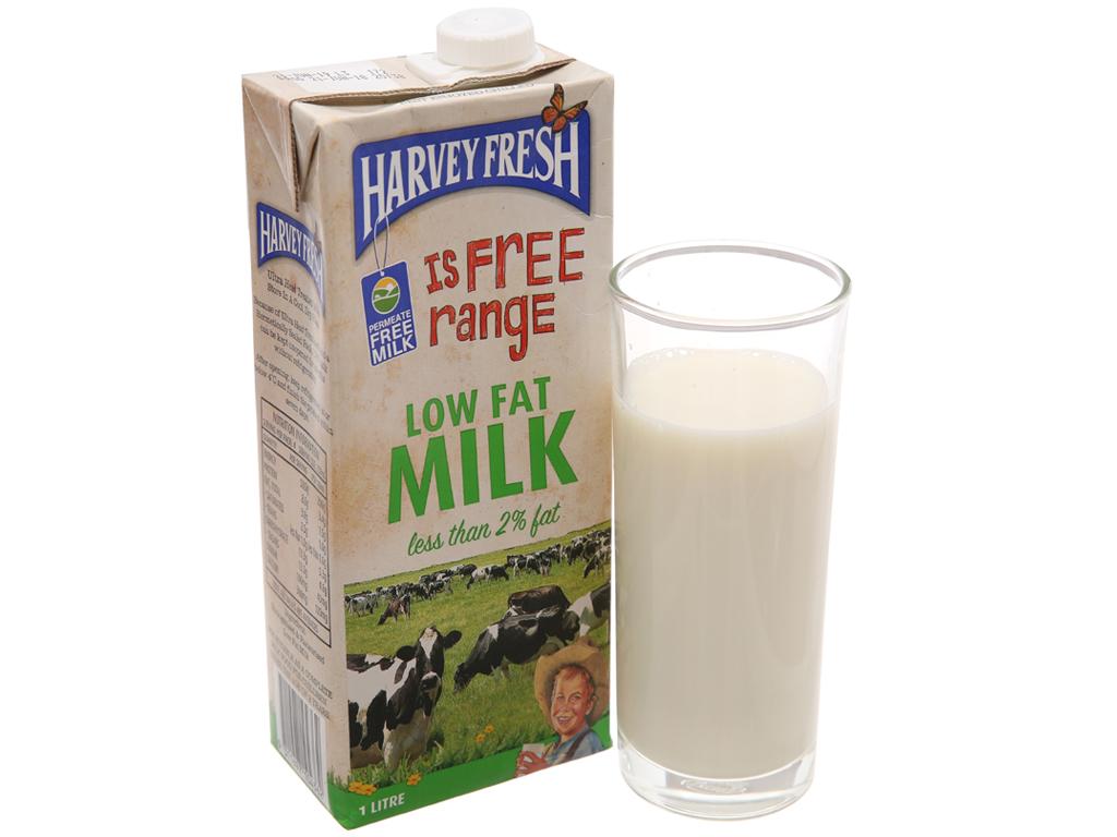 Thùng 12 hộp sữa tươi tiệt trùng ít béo Harvey Fresh 1 lít 2