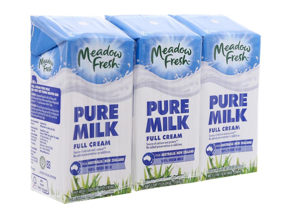 Lốc 3 hộp sữa tươi tiệt trùng nguyên kem Meadow Fresh 200ml 1