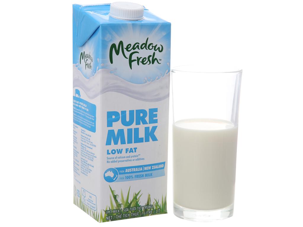 Thùng 12 hộp sữa tươi tiệt trùng Meadow Fresh ít béo 1 lít 2