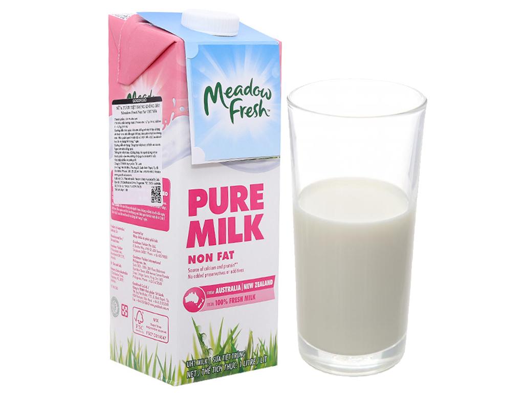 Thùng 12 hộp sữa tươi tiệt trùng Meadow Fresh không béo 1 lít 2