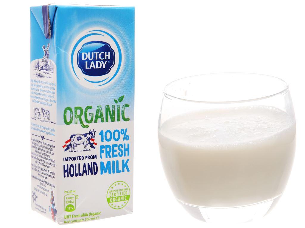 Lốc 3 hộp sữa tươi tiệt trùng Dutch Lady 100% Organic nguyên chất 200ml 2