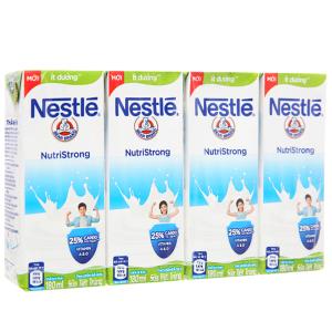 Lốc 4 hộp sữa tiệt trùng Nestlé NutriStrong ít đường 180ml
