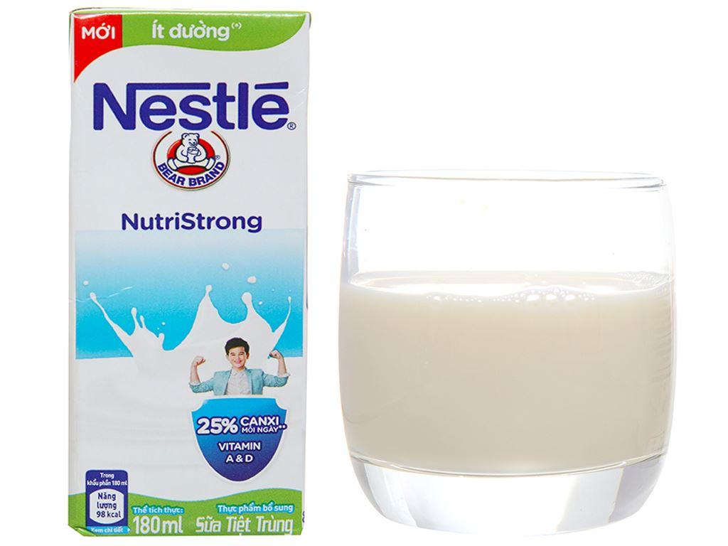 Thùng 48 hộp sữa tiệt trùng Nestlé NutriStrong ít đường 180ml 3