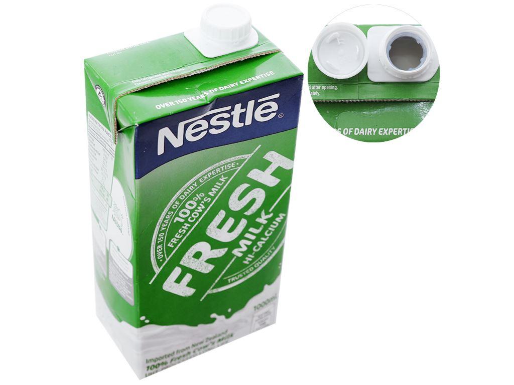 Thùng 12 hộp sữa tươi tiệt trùng nguyên chất Nestlé Fresh Milk 1 lít 3