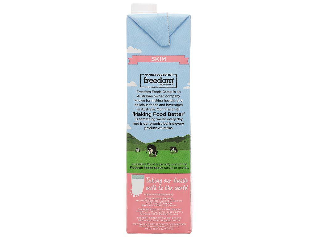 Sữa tươi tách béo không đường Australia's Own hộp 1 lít 6