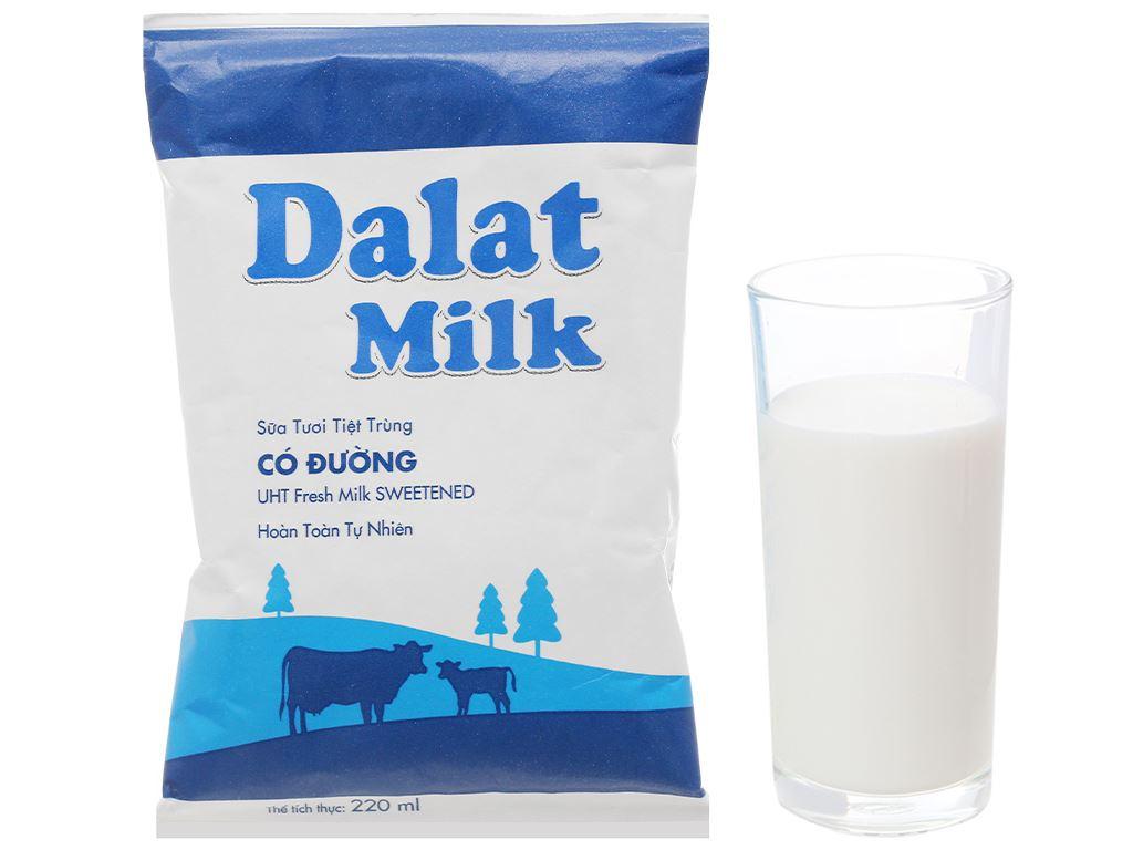 Thùng 48 bịch sữa tươi tiệt trùng có đường Dalat Milk 220ml 6