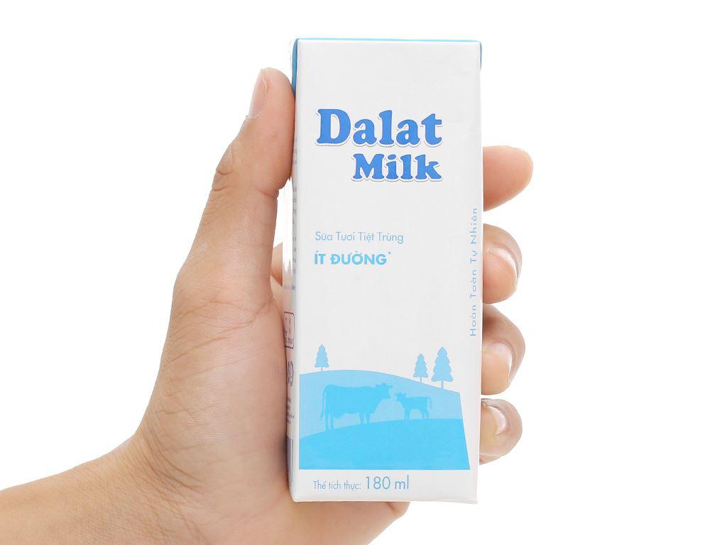 Lốc 4 hộp sữa tươi tiệt trùng ít đường Dalat Milk 180ml 6