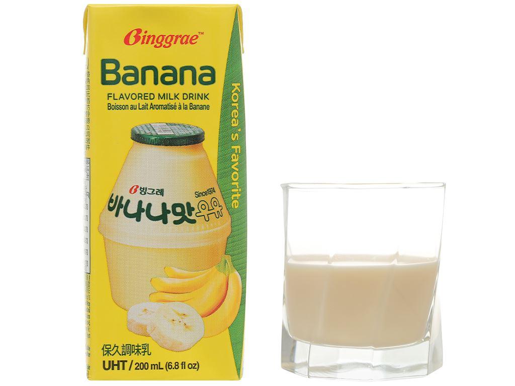Lốc 6 hộp sữa tươi tiệt trùng hương chuối Binggrae 200ml 9