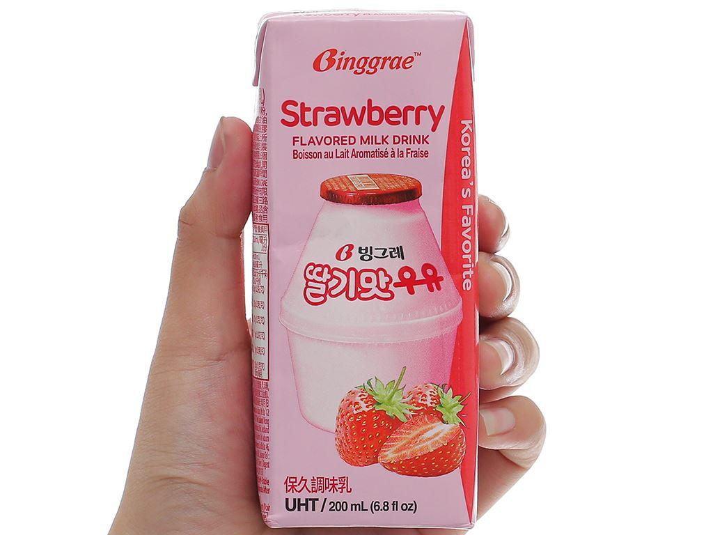 Lốc 6 hộp sữa tươi tiệt trùng hương dâu Binggrae 200ml 8