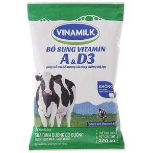 Sữa dinh dưỡng Vinamilk A&D3 có đường bịch 220ml