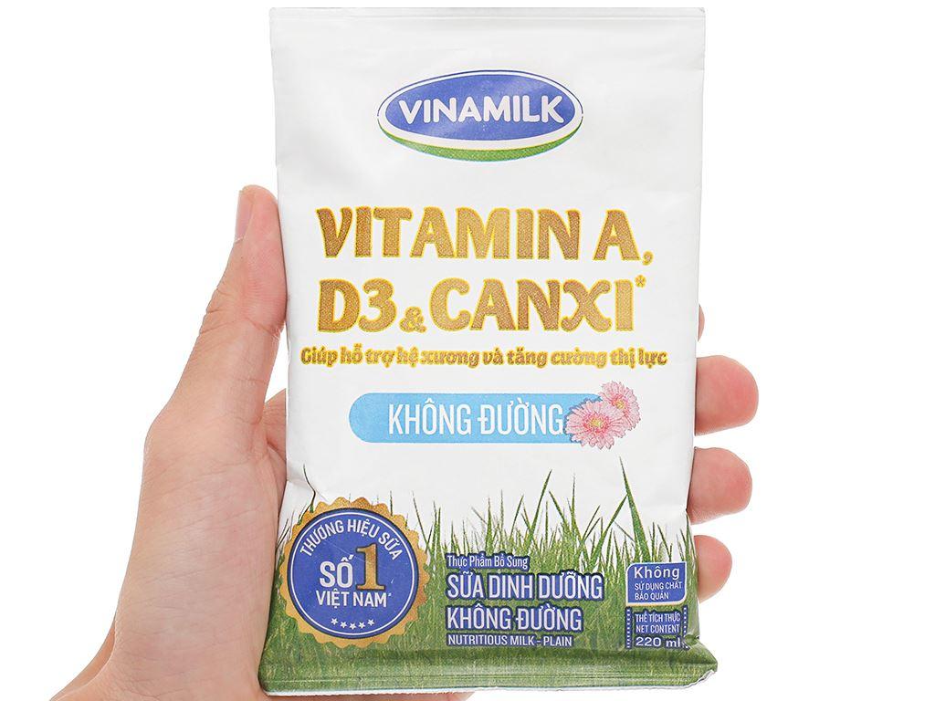 Sữa dinh dưỡng không đường Vinamilk A&D3 bịch 220ml 11