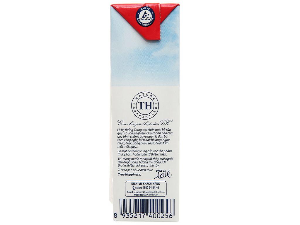 Lốc 4 hộp sữa tươi tiệt trùng hương dâu TH true MILK 180ml 6