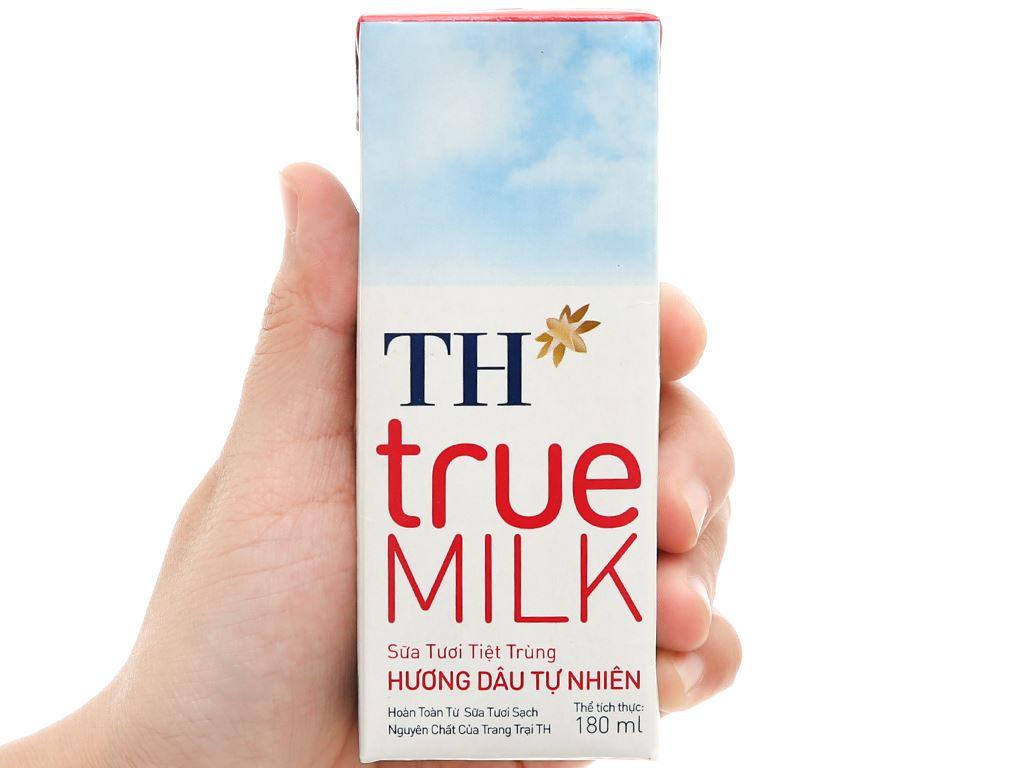 Lốc 4 hộp sữa tươi tiệt trùng hương dâu TH true MILK 180ml 8