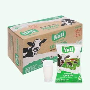 Thùng 48 bịch sữa tiệt trùng có đường Nuti 220ml
