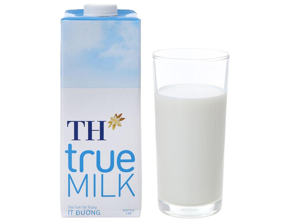 Thùng 12 hộp sữa tươi tiệt trùng ít đường TH true MILK hộp 1 lít 2
