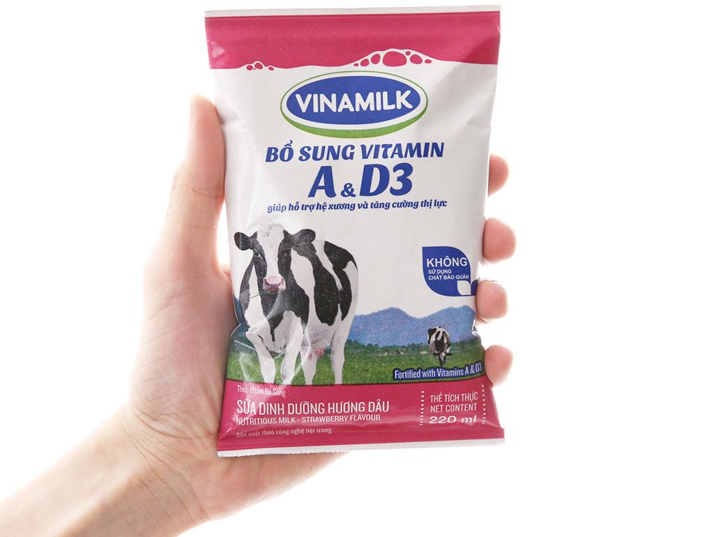 Thùng 48 bịch sữa dinh dưỡng Vinamilk A&D3 hương dâu 220ml 5