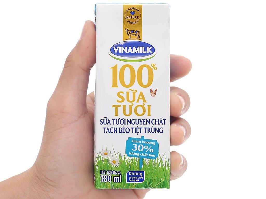 Thùng 48 hộp sữa tươi tách béo không đường Vinamilk 180ml 12