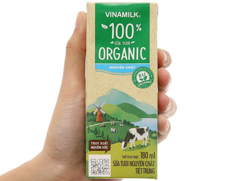 Lốc 4 hộp sữa tươi nguyên chất không đường Vinamilk 100% Organic 180ml 9