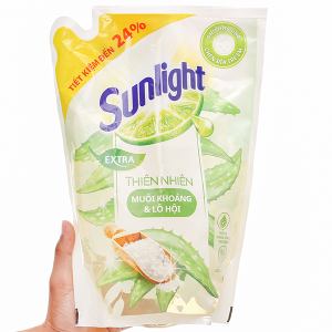 Nước rửa chén Sunlight thiên nhiên muối khoáng và lô hội túi 2.1kg