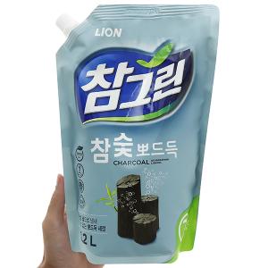 Nước rửa chén Charmgreen tinh chất than hoạt tính túi 1.2 lít