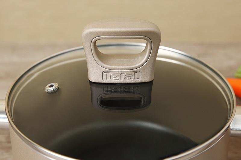 Nắp bằng kính chịu nhiệt cao cấp - Nồi nhôm chống dính đáy từ 20 cm Tefal H9104414
