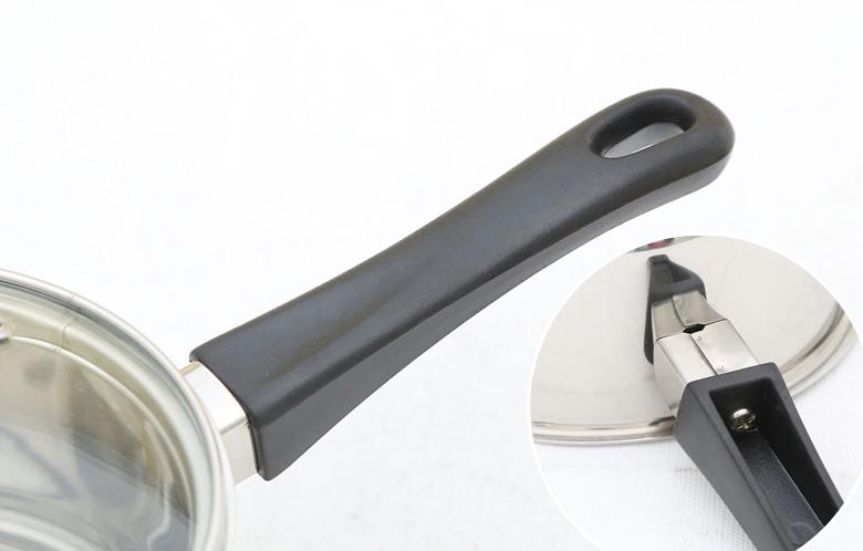 Tay cầm chắc chắn, dài, bọc nhựa cách nhiệt, an toàn và dễ sử dụng