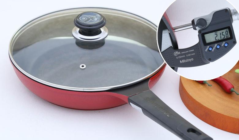 Thiết kế đẹp, được đúc liền khối bằng hợp kim nhôm độ dày 2.2 mm, truyền và giữ nhiệt tốt hơn.