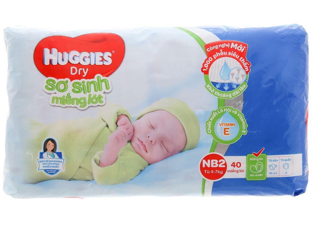Miếng lót sơ sinh Huggies Dry size NB2 40 miếng (cho bé 4 - 7kg) 1