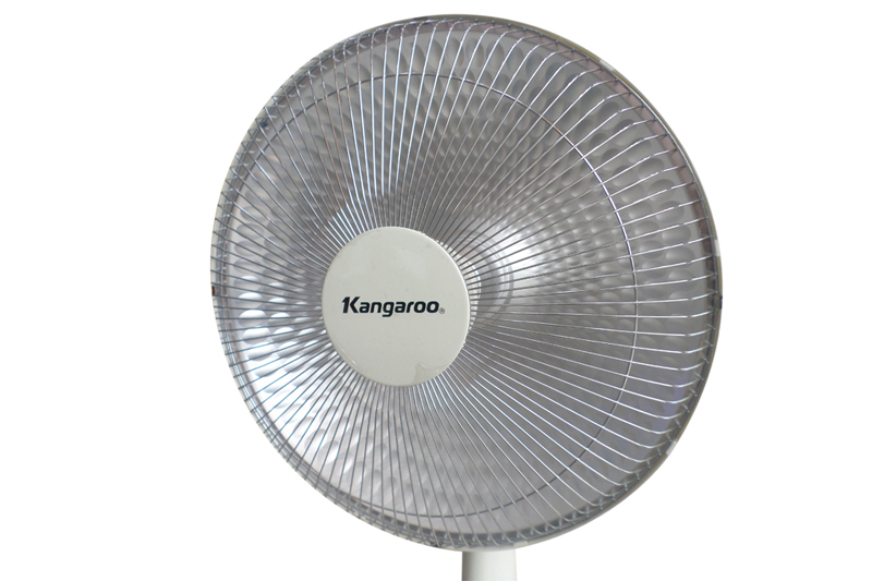 Sưởi ấm bằng đèn Halogen an toàn và chất lượng