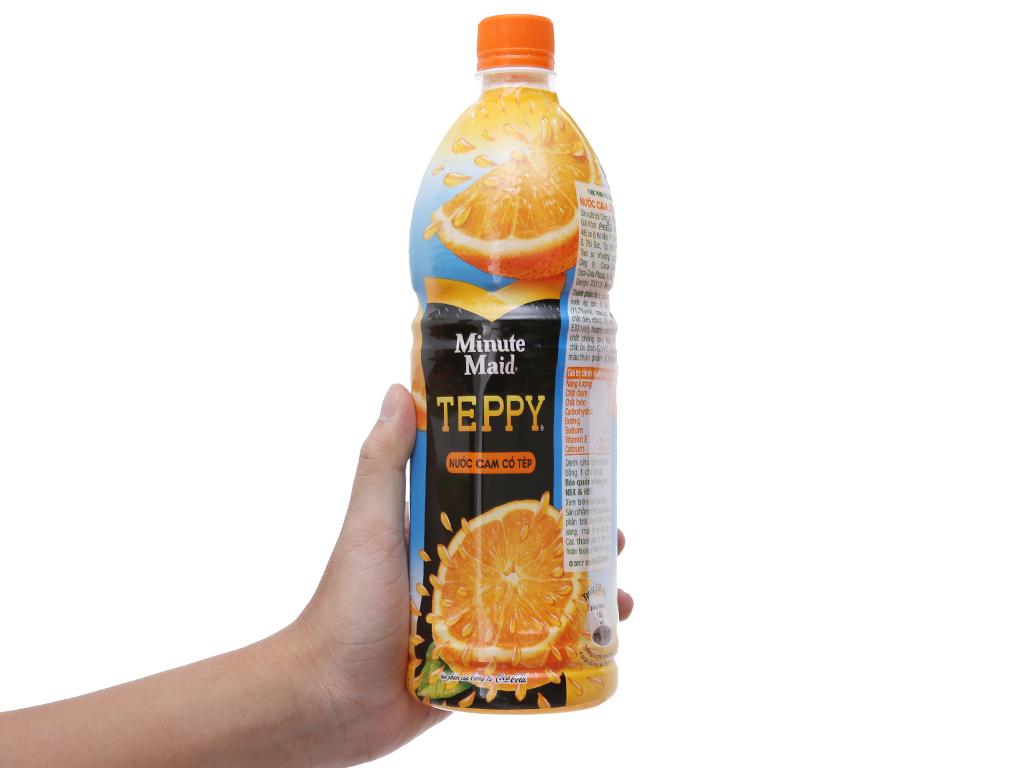 6 chai nước cam có tép Teppy 1 lít 6