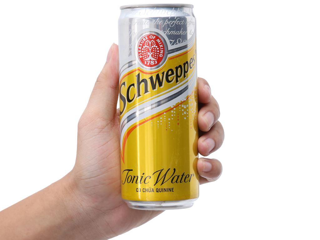 6 lon nước giải khát có gas Schweppes Tonic 330ml 3