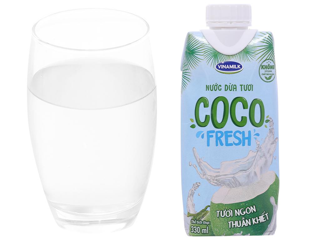 Thùng 24 hộp nước dừa tươi Vinamilk Coco Fresh 330ml 3