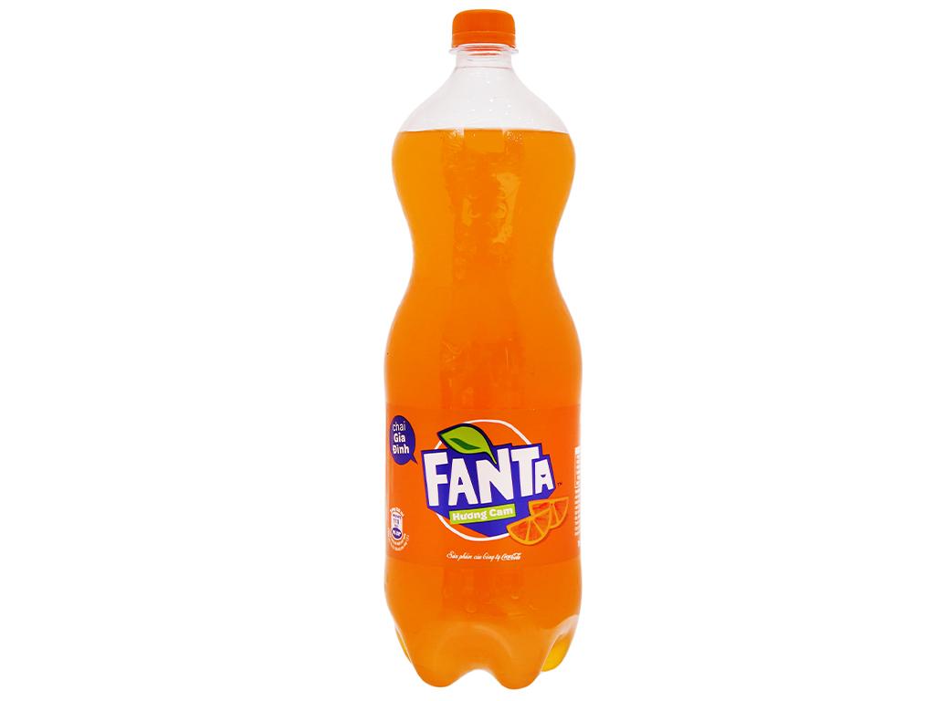 6 chai nước ngọt Fanta hương cam 1.5 lít 2