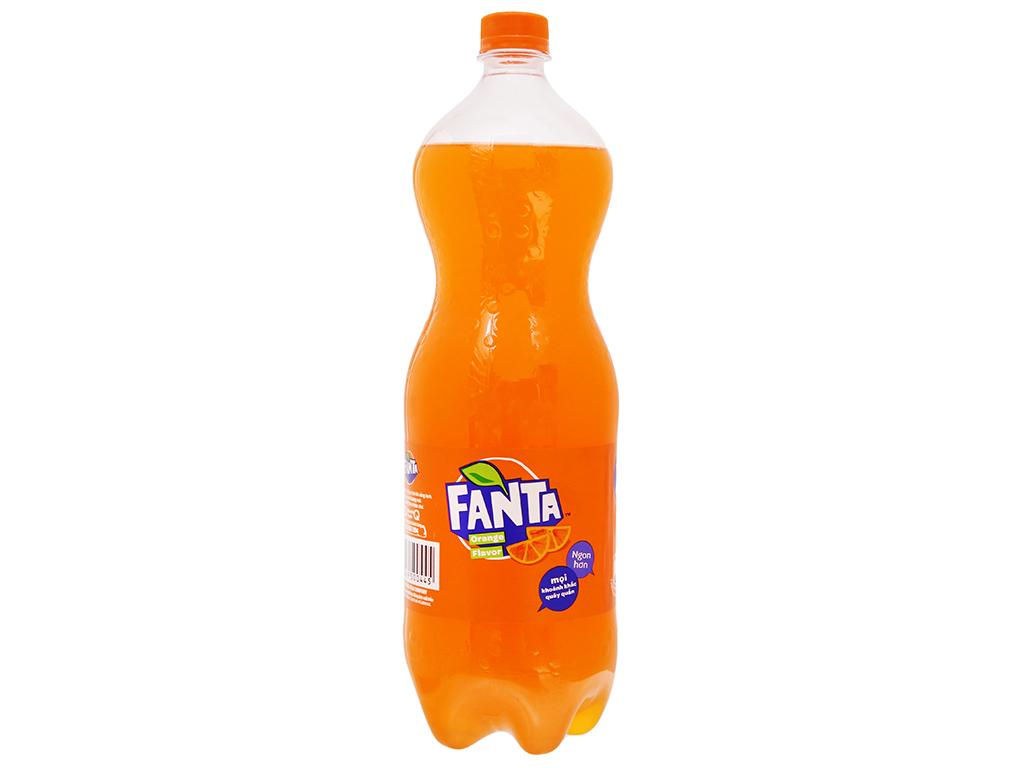6 chai nước ngọt Fanta hương cam 1.5 lít 3
