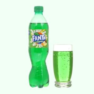 Nước ngọt có ga Fanta hương soda kem trái cây chai 600ml