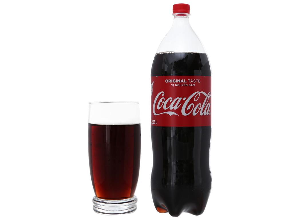 Nước ngọt Coca Cola 2.25 lít 5