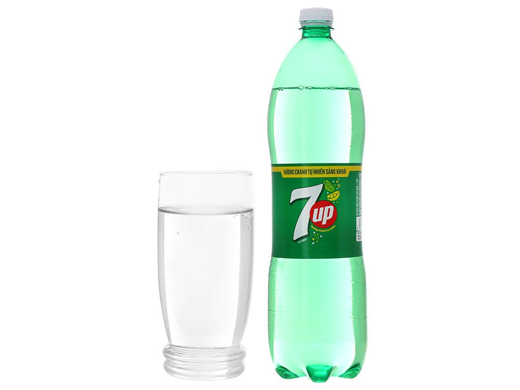 Thùng 12 chai nước ngọt 7 Up vị chanh 1.5 lít 5