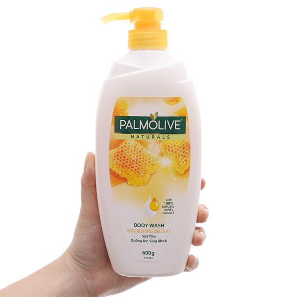 Sữa tắm dưỡng ẩm sảng khoái Palmolive mật ong 600g