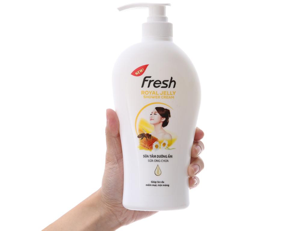 Sữa tắm dưỡng ẩm Fresh sữa ong chúa 550g 4
