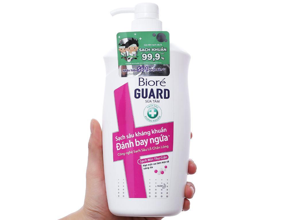 Sữa tắm sạch sâu kháng khuẩn Bioré sạch mịn thư giãn 800g 3