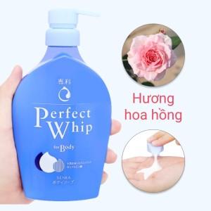 Sữa tắm dưỡng ẩm Senka hương hoa hồng & hoa nhài 500ml