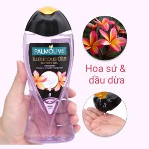 Dầu tắm dưỡng ẩm Palmolive tinh dầu dừa và hương hoa sứ 400ml