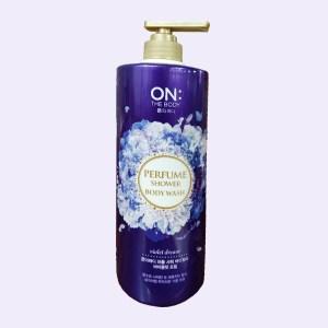 Sữa tắm dưỡng ẩm ON THE BODY Violet Dream hương cherry 1kg